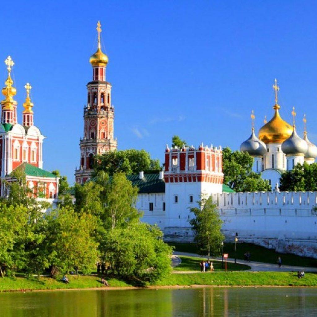 Монастыри Москвы и их история